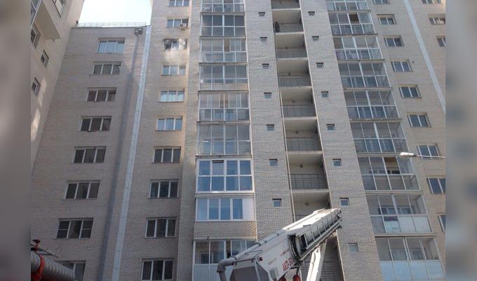 В Иркутске на улице Гоголя произошел пожар в 14-этажном доме