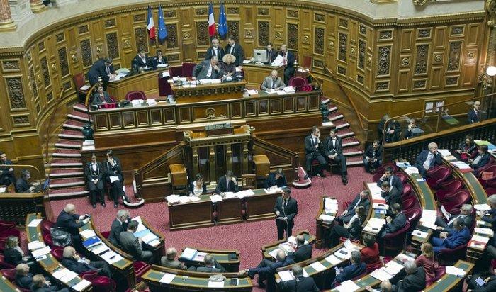 Сенат Франции проголосовал запостепенное снятие санкций сРоссии