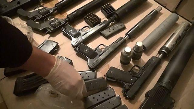 Вквартире убезработного москвича обнаружен арсенал оружия