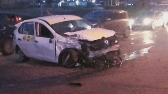 Ваварии наобъездной дороге Ново-Ленино погиб таксист