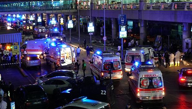 Теракт ваэропорту Стамбула унес жизни 36человек