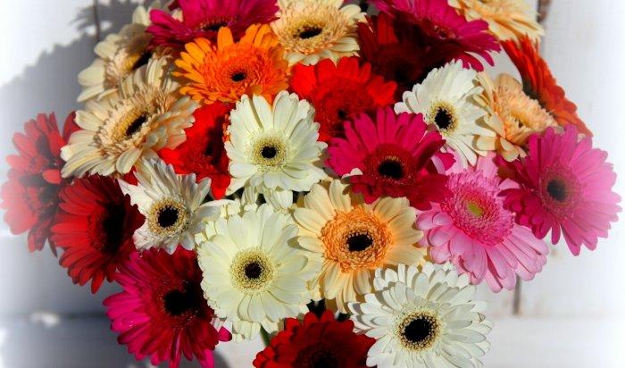 В Иркутске задержан молодой человек за кражу букета цветов