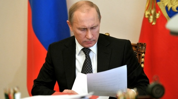 Путин подписал неодобренный Госдумой закон онацгвардии