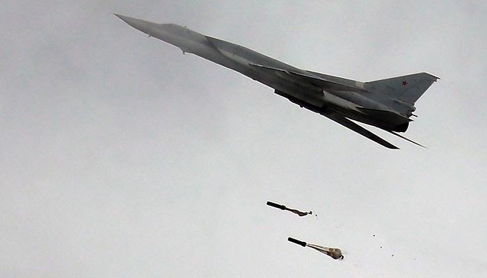 Российские Ту-22М3второй раз занеделю атаковали объекты ИГИЛ вСирии