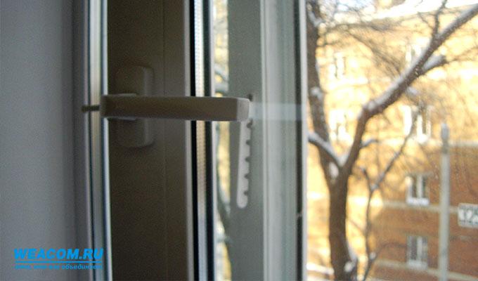 В Усолье-Сибирском из окна выпал полуторагодовалый мальчик