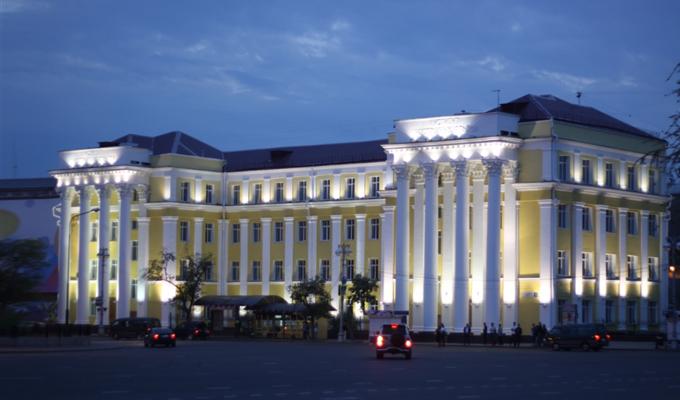 Имущество иркутского иняза не вывезли ночью благодаря журналистам и работникам вуза