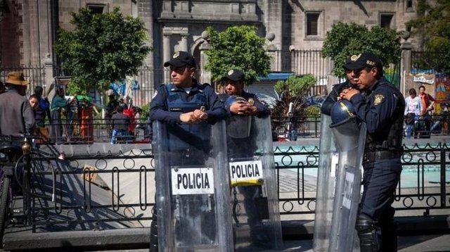 Жители мексиканского города убили своего мэра идвух чиновников