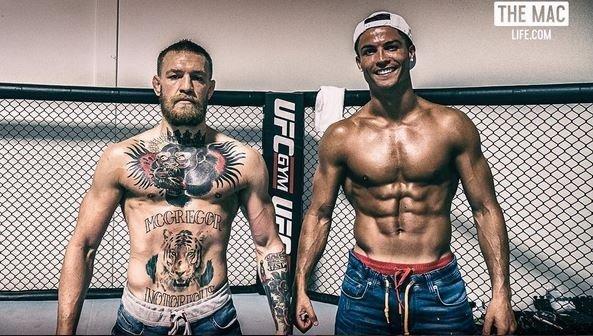Роналду провел тренировку с чемпионом UFC Макгрегором
