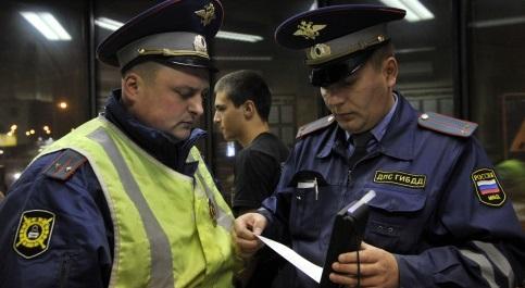 ВМоскве автобус сбил оформлявшего аварию сотрудника ДПС