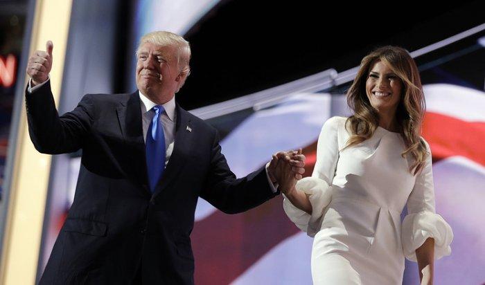 Газета New York Post опубликовала снимки обнаженной жены Трампа