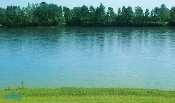 В Черемховском районе утонул мужчина, решивший переплыть реку на спор