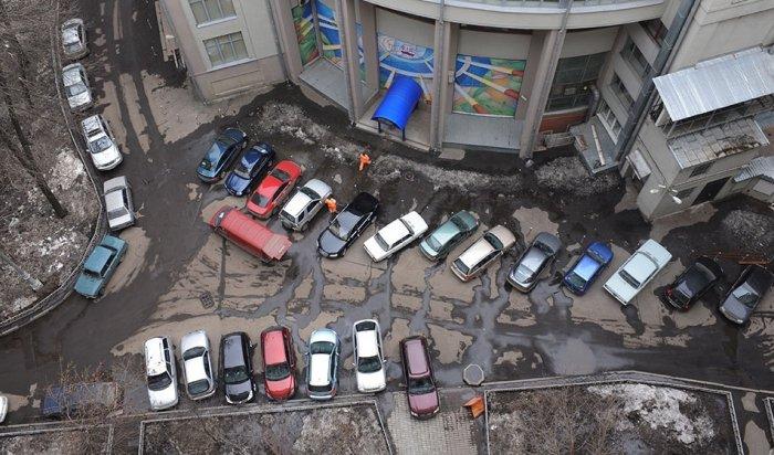 В Иркутской области большая часть водителей оставляет на ночь машину около дома