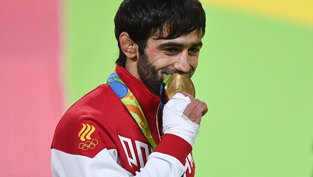 Первое «золото» наОлимпиаде-2016 России принес Беслан Мудранов