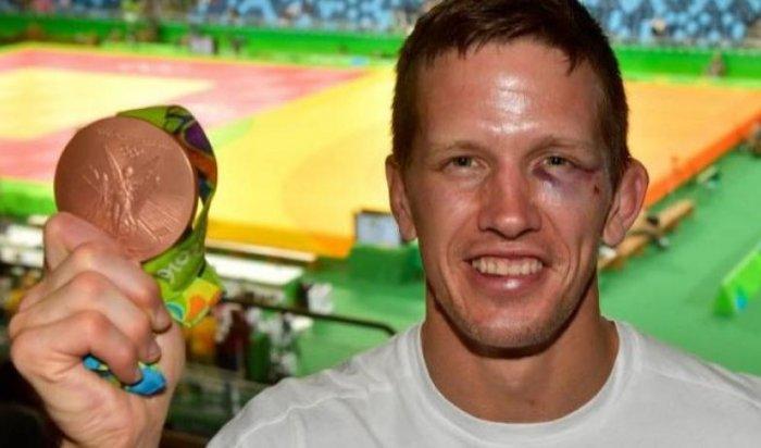 Бронзового призера Олимпиады подзюдо избили напляже вРио