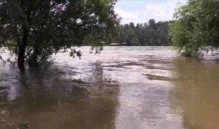 Уровень воды вреках Приангарья начал снижаться