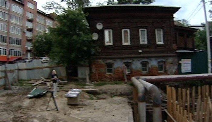 Старинный купеческий дом вИркутске может обрушиться влюбой момент