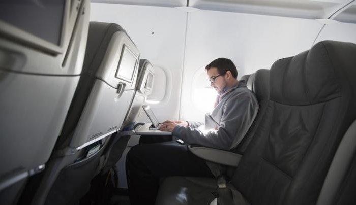 Самолеты в России получат доступ в интернет