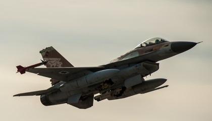 Самолеты ВВС Израиля ответили огнем на шальной снаряд из Сирии