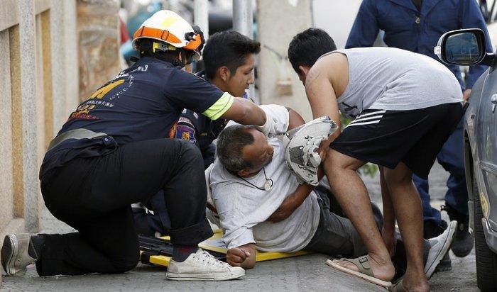 ВТаиланде рядом сотелем взорвался заминированный автомобиль