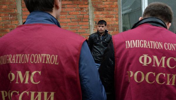 В Иркутске осудили пенсионерку, незаконно прописавшую в своей квартире более 50 иностранцев