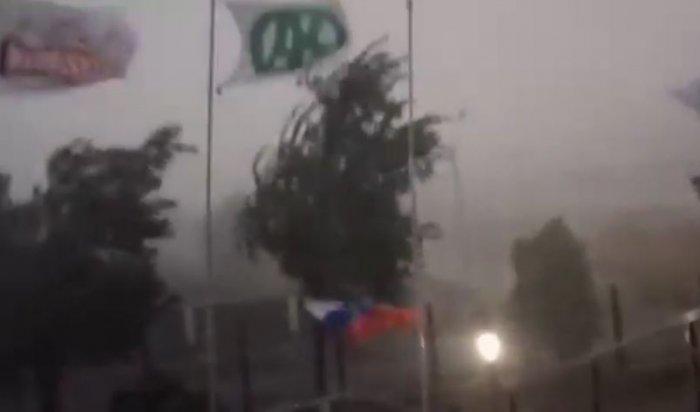 ВЧечне из-за урагана получили повреждения более 120домов