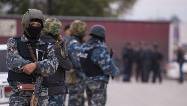 В Бишкеке у китайского посольства произошел взрыв