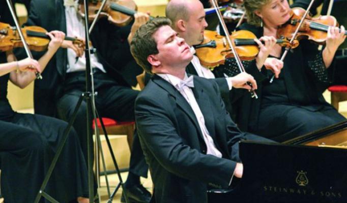 5 сентября в Братске выступит Денис Мацуев с оркестром «Виртуозы Москвы»