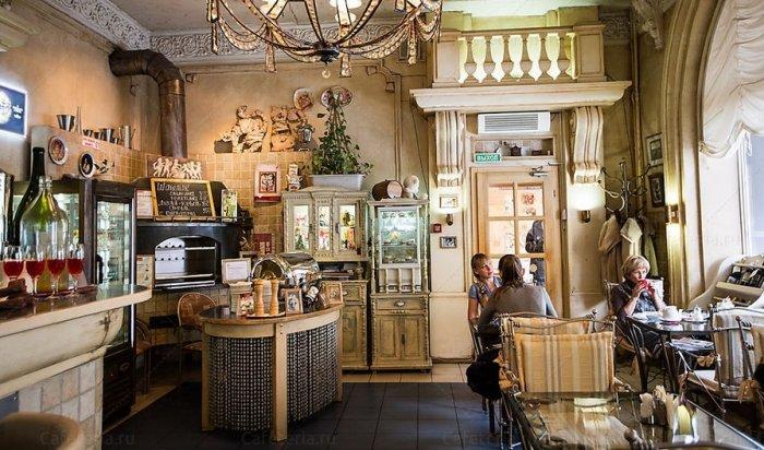 Мэр Иркутска требует разобраться снезаконной реконструкцией кафе «Снежинка»