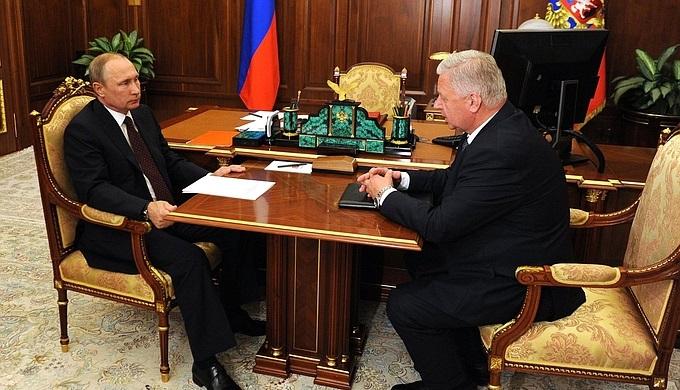 Путин допустил введение приоритета зарплат перед другими выплатами