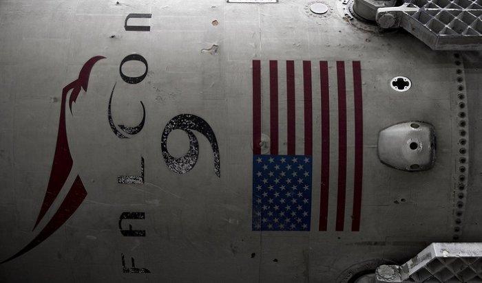 Ракета Falcon 9взорвалась вовремя заправки топливом