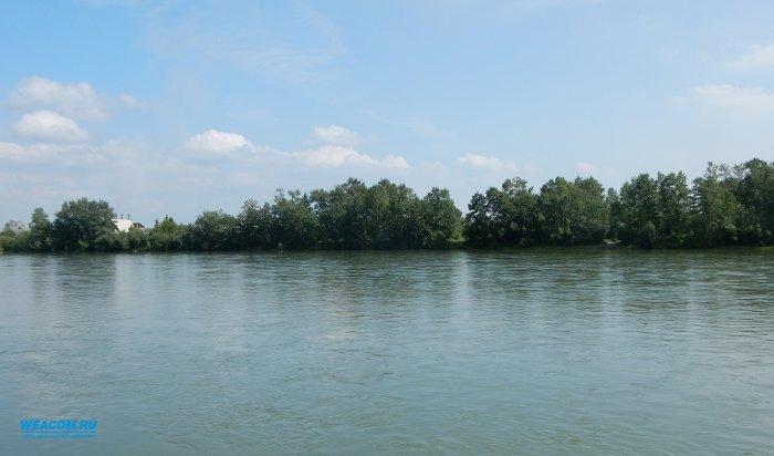 В августе на водоемах Иркутской области сотрудники МЧС спасли 14 человек