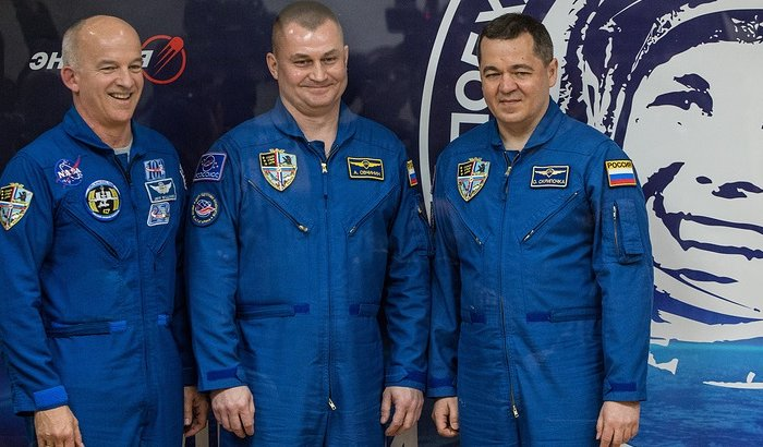 Трое членов экипажа МКС вернулись наЗемлю