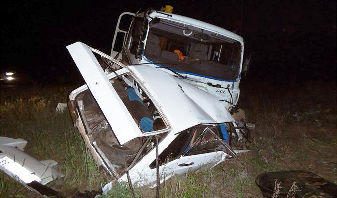 Полиция Приангарья ищет очевидцев ДТП, в котором погибли 4 человека