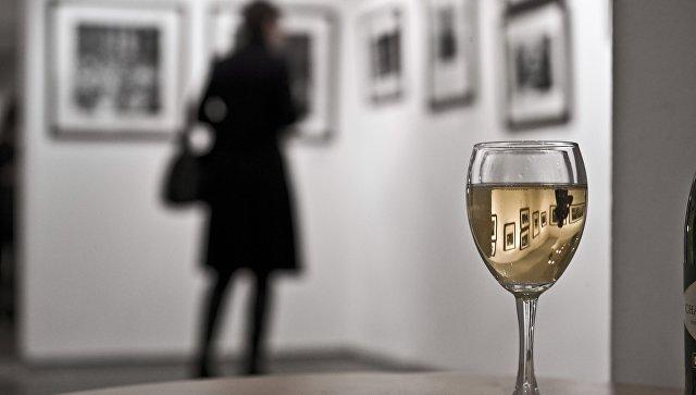 В Москве закрыли скандальную выставку фотографа Стерджеса