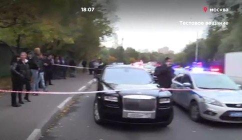 ВМоскве задержали «стреляющий» свадебный кортеж