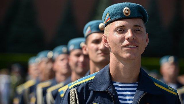 СМИ: Генерал Сердюков возглавит Воздушно-десантные войска