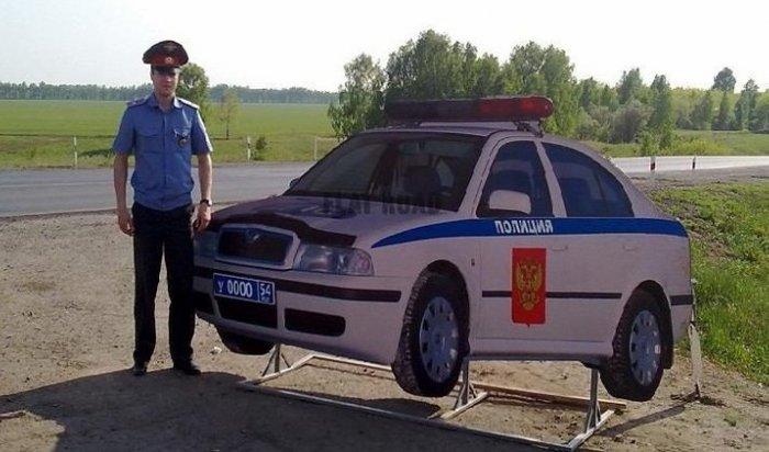 Картонный экипаж ДПС появился на дорогах в Иркутской области