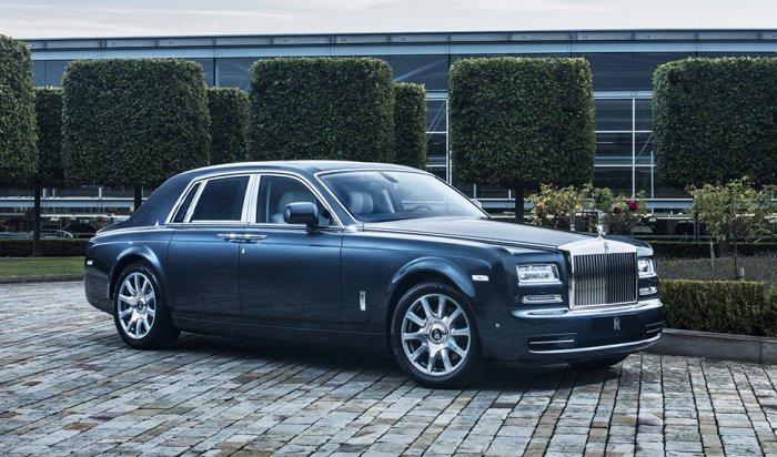 Эксперты назвали топ-10 самых дорогих машин в России