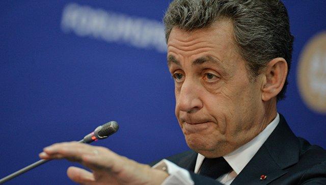 Саркози раскритиковал подход Олланда котношениям сРоссией