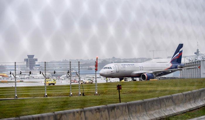 ВЖеневе задержали мужчину зашутку обомбе наборту самолета «Аэрофлота»