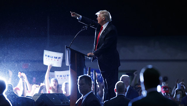 Трамп обвинил сторонников Клинтон вподжоге штаба республиканцев