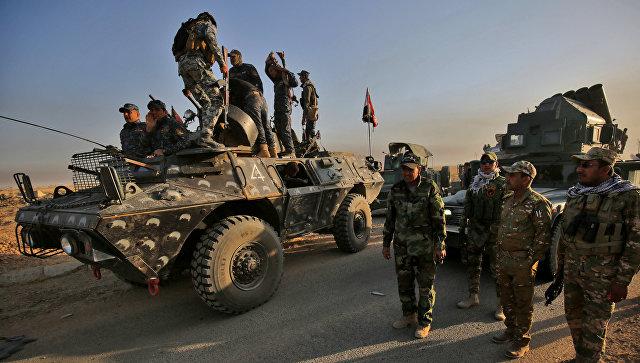 Смертник подорвал себя возле колонны военных навостоке Мосула