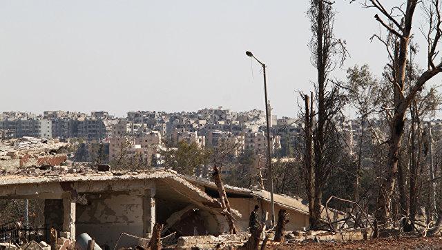 Алеппо всопровождении российских военных покинули 48женщин идетей
