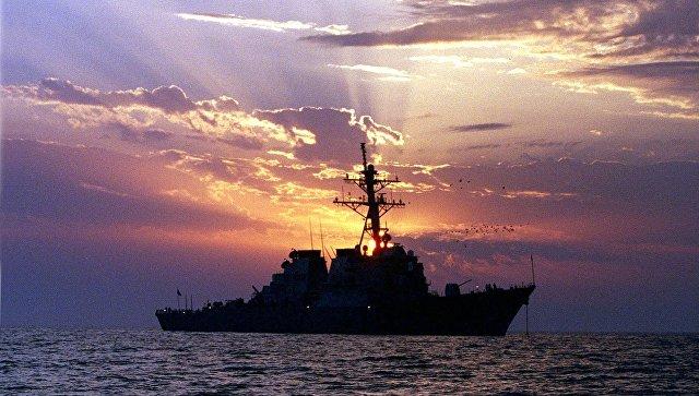Эсминец ВМС США Carney досрочно покинул акваторию Черного моря