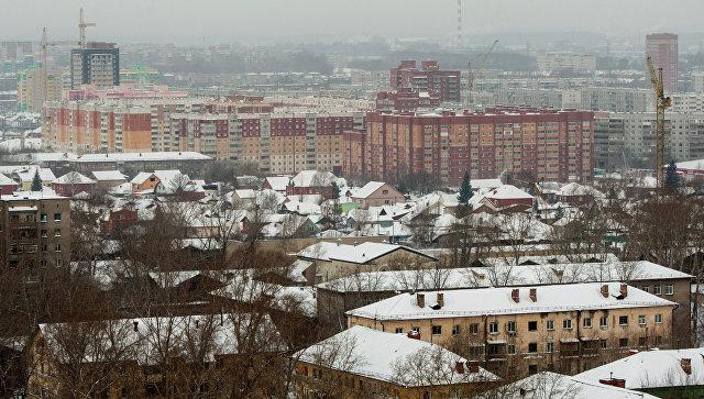 ВНовосибирске подростки сножами, битой итопором напали насемью