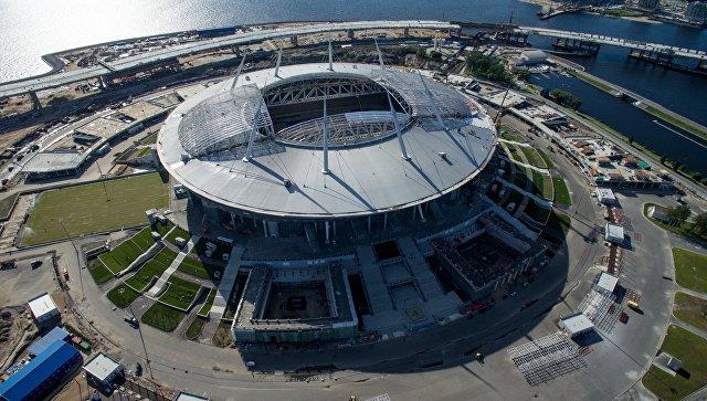 СМИ сообщили онесоответствии поля «Зенит-Арены» требованиям ФИФА