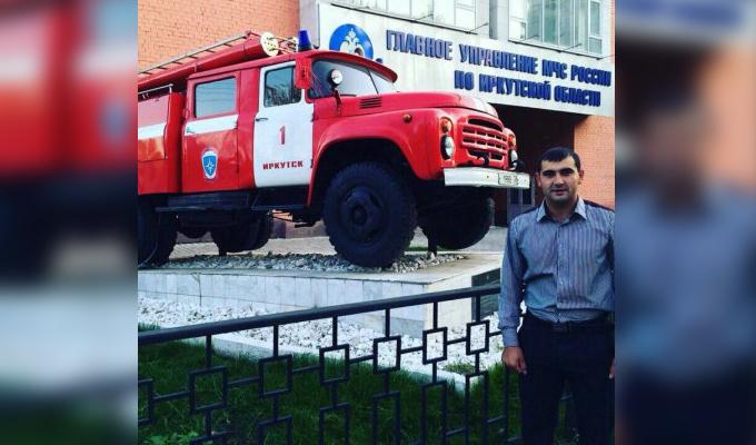 В Усть-Куте пожарный во время отпуска спас инвалида из горящего дома