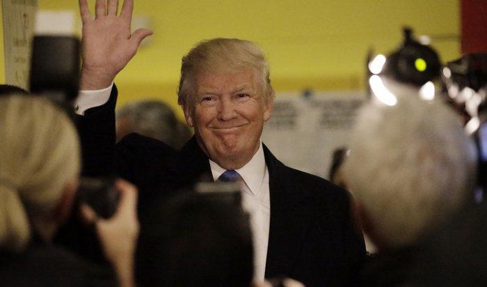 Трамп лидирует вчетырех штатах после подсчета первых голосов