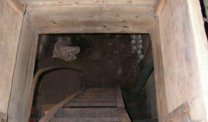 30-летний иркутянин пытался скрыться от судебных приставов в погребе