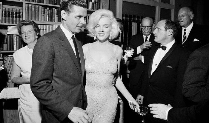 Платье Мэрилин Монро продано нааукционе вЛос-Анджелесе за4,8млн долларов